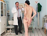 Patient Ester and perverted gyno doctor video