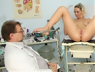 Gabriela piss hole checkup at perverted gyno clinic